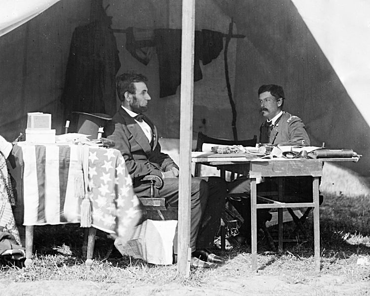 Lincoln-and-General-McClellan-after-Antietam